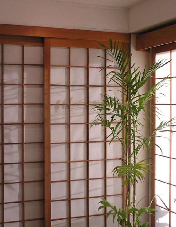 Japanese paper door