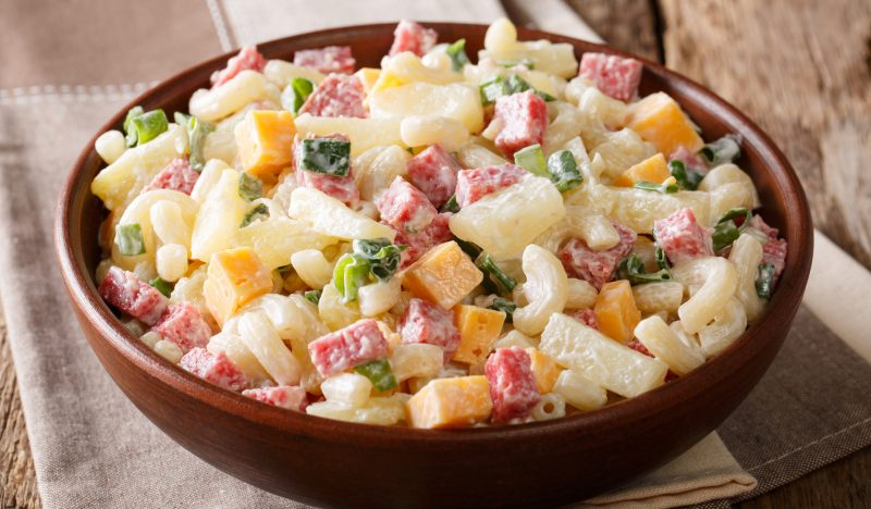 Recipes: Hawaiian Salad With Pineapples And Sausage