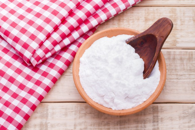How To Whiten And Deodorize Curtains With Baking Soda