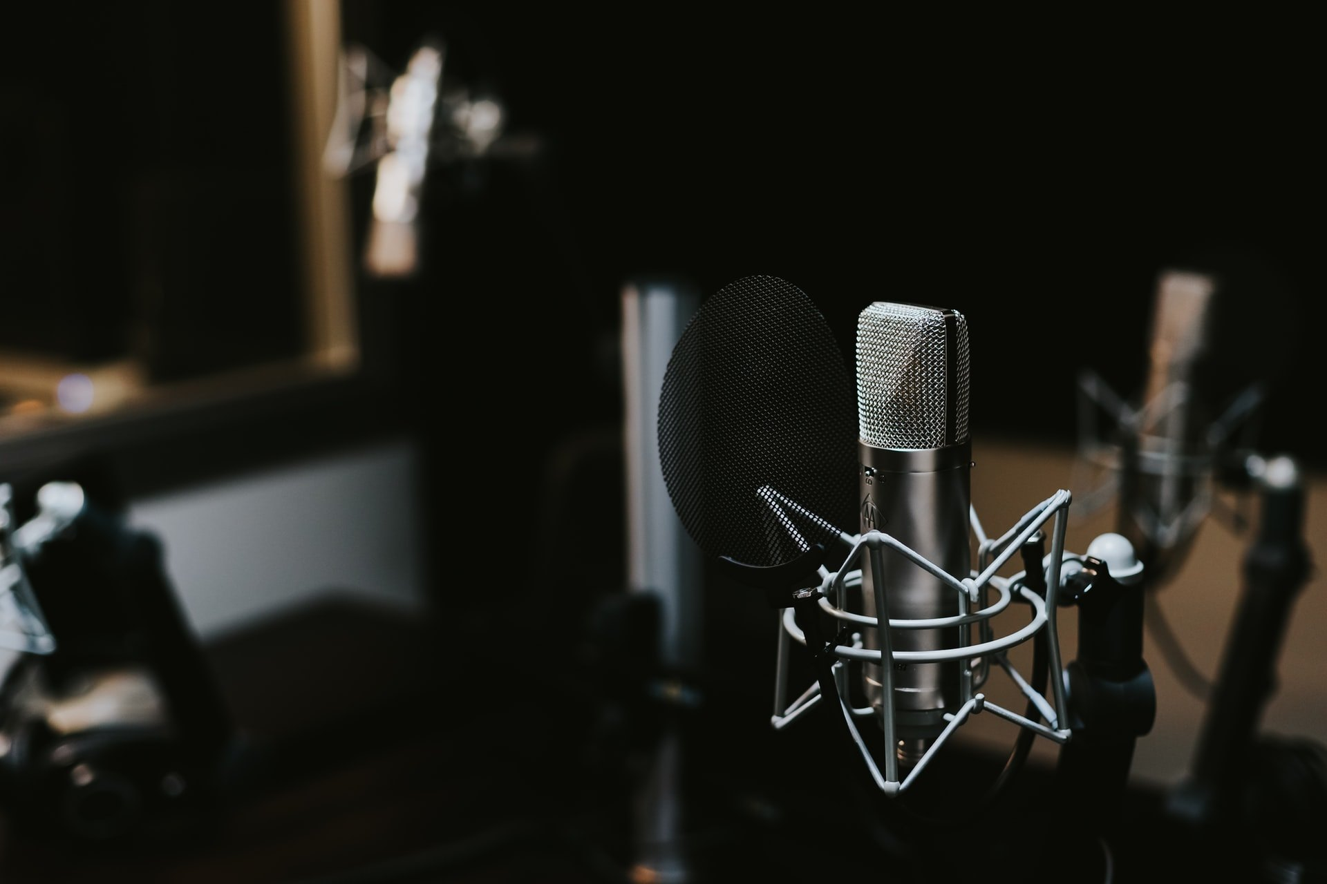 Learn How to Record Podcasts Using these Apps